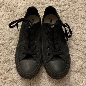 Converse | All black low tops